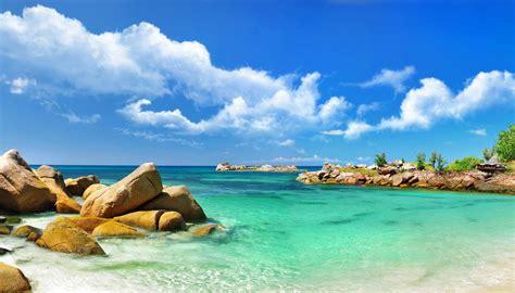Ocean Desktop Background (70 images)