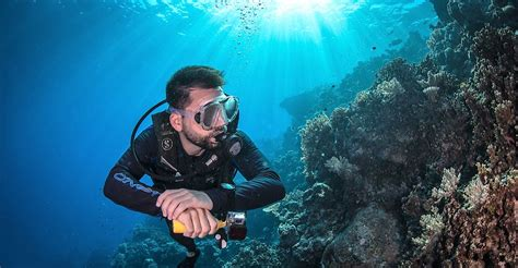 Cairns scuba diving day trips FREE dive included