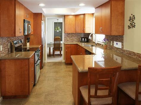 Kitchen : U Shaped Kitchens With Peninsula 105 galley