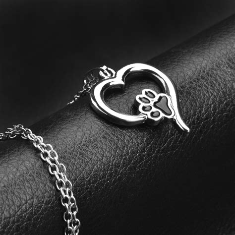 Hollow Pet Paw Print Necklaces Cute Animal Dog cat