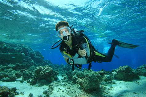 Scuba Diving Wallpapers WallpaperSafari