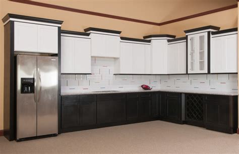 Shaker Kitchen Cabinets Crown Molding Thediapercake Home