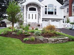 front yard landscaping ideas on a budget Landscaping ideas Pinter…