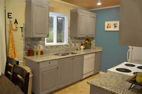 Small Kitchen Design With Exposed Stone Backsplash And