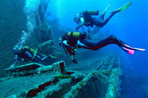 Diving Larnaca, Cyprus: Alpha Divers, Diving Cyprus