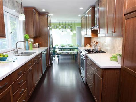 Galley Kitchen Dimensions — Decor Trends : Small Galley