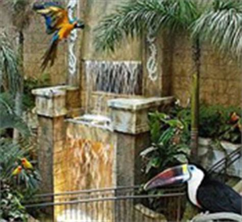 Bird Kingdom Coupons, Free Flying Indoor Aviary in