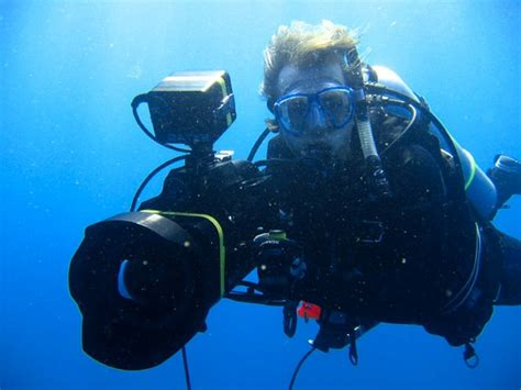 Underwater camera with technology