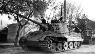 King Tiger Tank real pictures on Pinterest Tiger ii, Tigers and