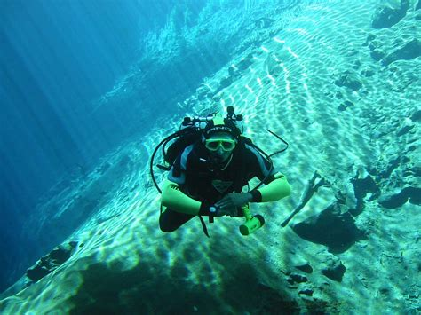 Scuba Diving in the Andaman Islands Tripplatform